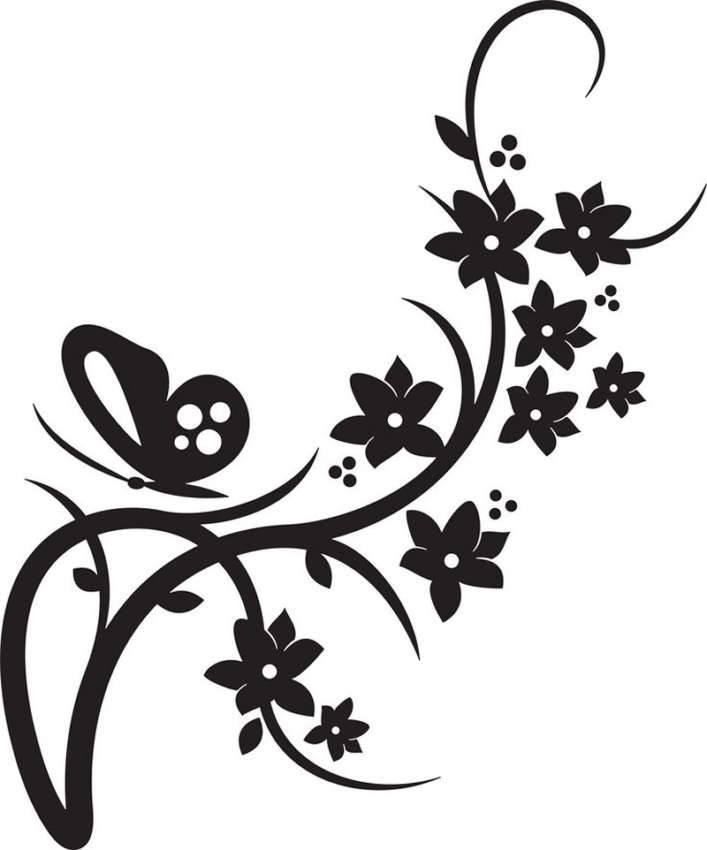Сочетание бабочек и цветочной композиции