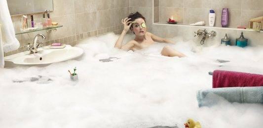 фото пінки в ванні скачати