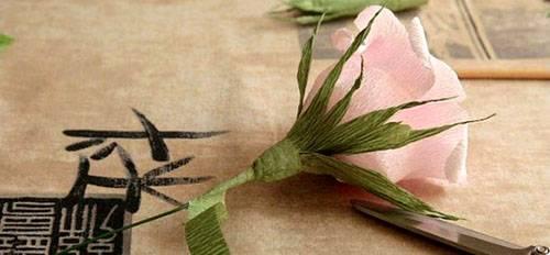 3-34 Цветы из гофрированной бумаги своими руками