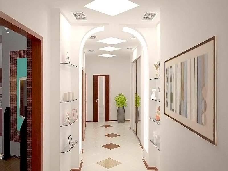 Вариант деления помещения на зоны, подсветка применяется не только на потолке, но и в арках и в нише