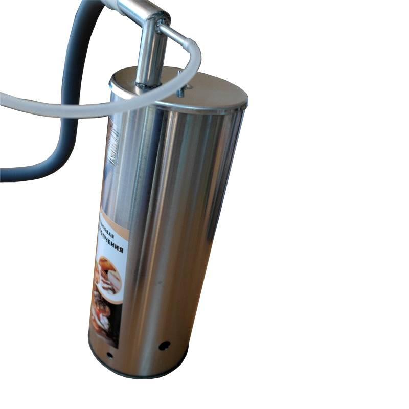 Устройство извлечения дыма можно вынести за пределы корпуса. Такое решение предотвратит засорение узла