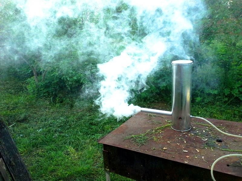 Функциональный генератор дыма можно сделать без лишних расходов