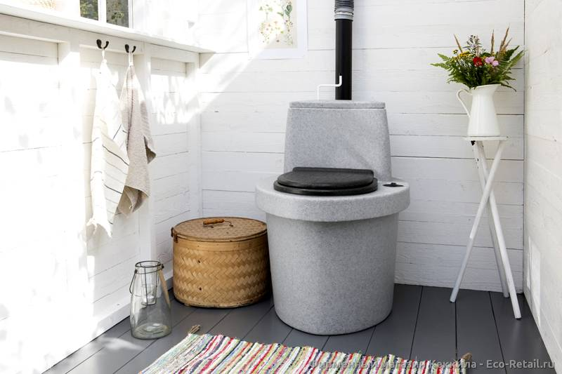 Торфяной туалет в доме