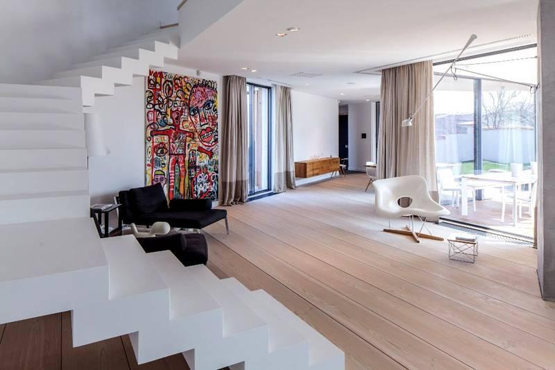 Такие помещения обладают одним существенным преимуществом – простотой уборки