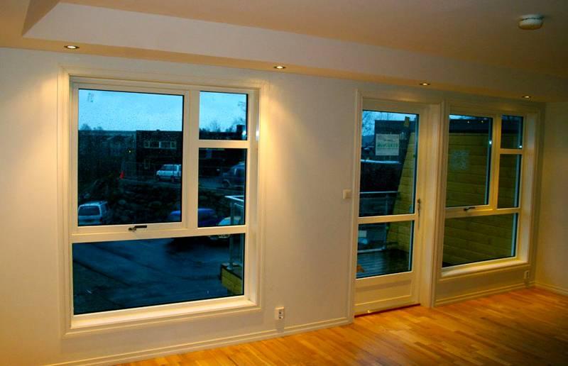 Даже при большой площади остекления современные окна обеспечивают герметичность