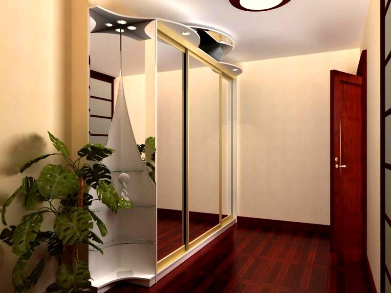 Для прихожей тоже уместно использование зеркал в оформлении шкафа