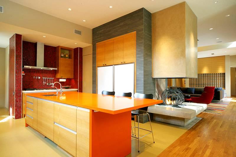 Оранжевый цвет в интерьере фасадов домов фото