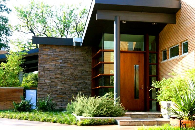 Вход в дом: фото современного дизайна крыльца закрытого типа