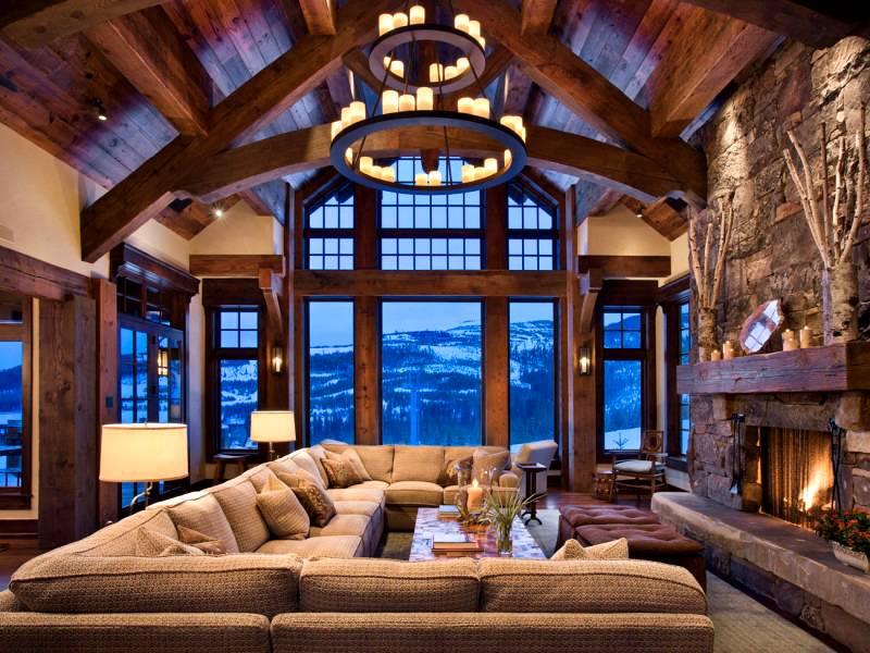 Главная особенность шале – крупные панорамные окна