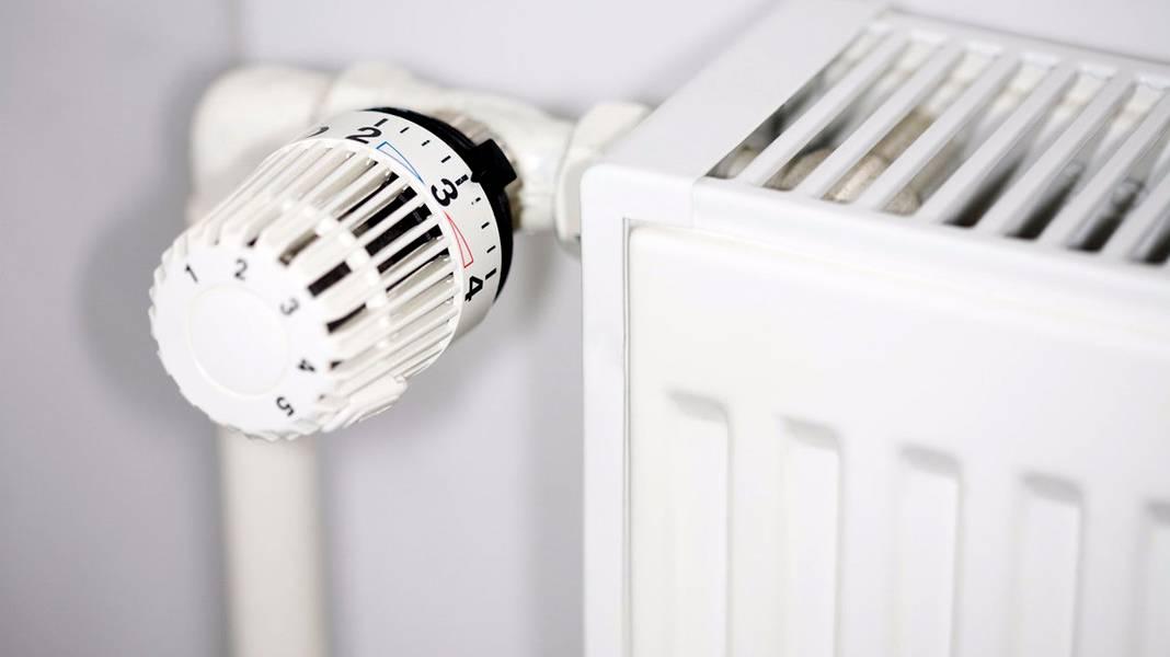 Терморегулятор для радиатора отопления какой лучше