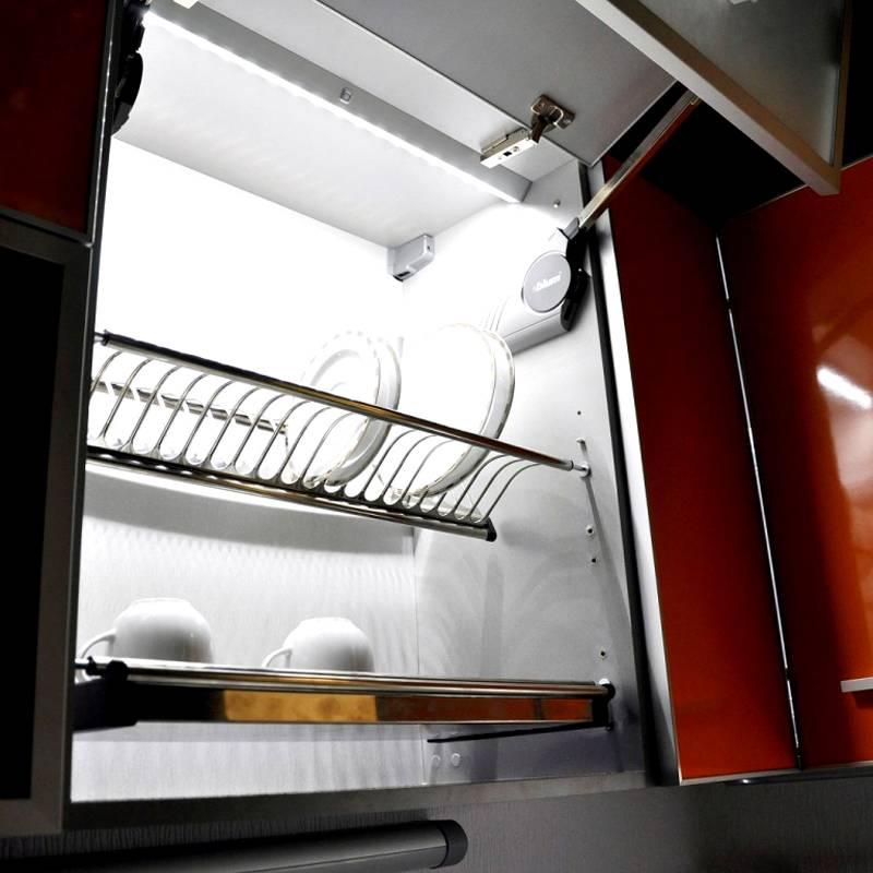 Подобную модель можно использовать для подсветки сушилки посуды