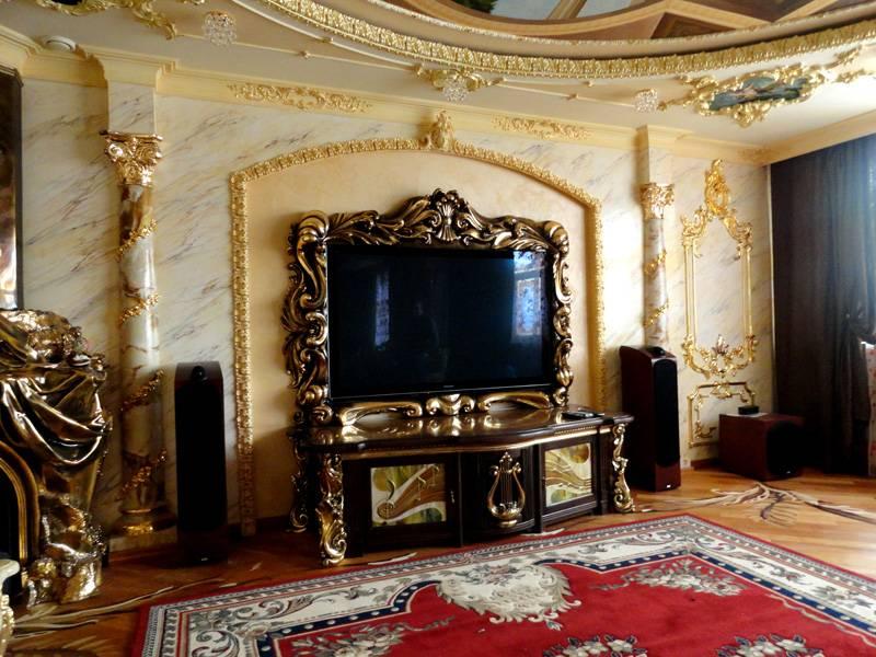 Стилистика помещения подскажет основные принципы оформления подставки под телевизор