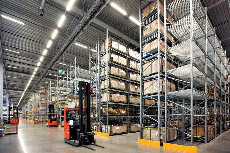Применение промышленных осушителей для поддержания нормального уровня влажности в складских помещениях