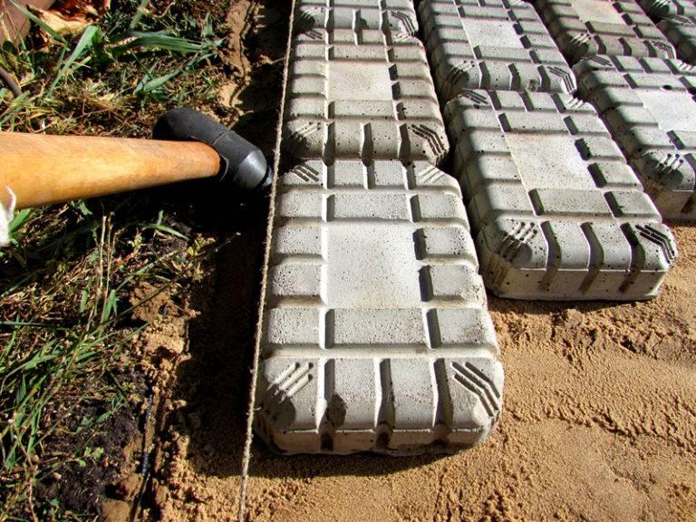 Технология укладки тротуарной плитки на песок: фото инструкция