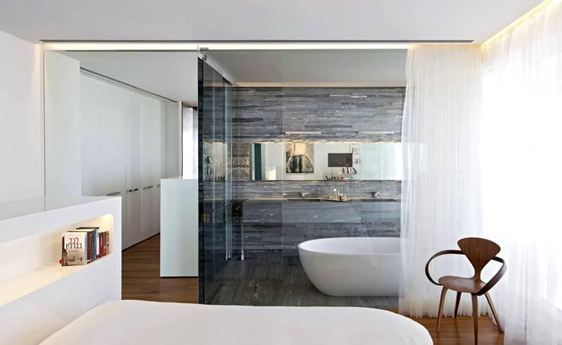 Улучшенную герметичность необходимо обеспечить при разделении спальни и ванной комнаты