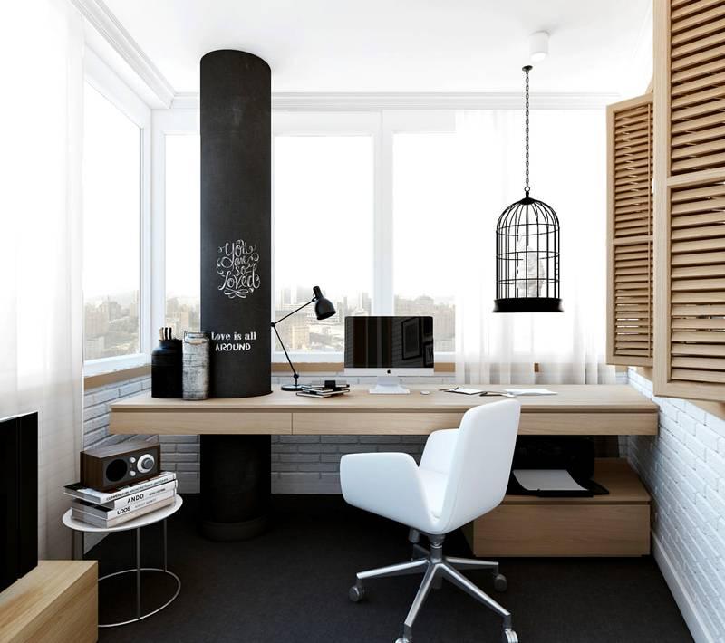 Из большого балкона можно сделать хороший рабочий кабинет
