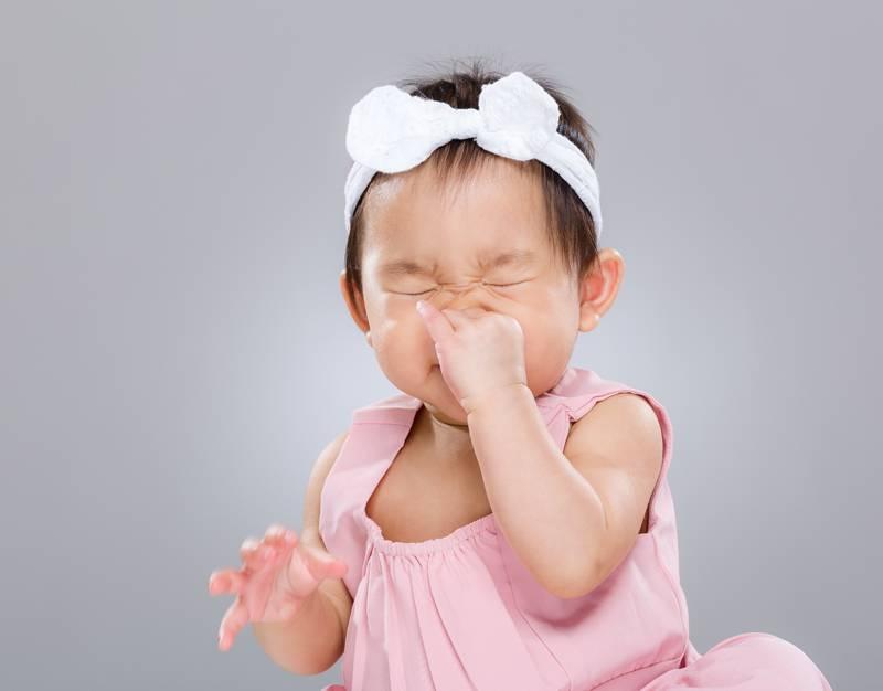 Заложенность носа особенно сильно проявляется в утреннее время