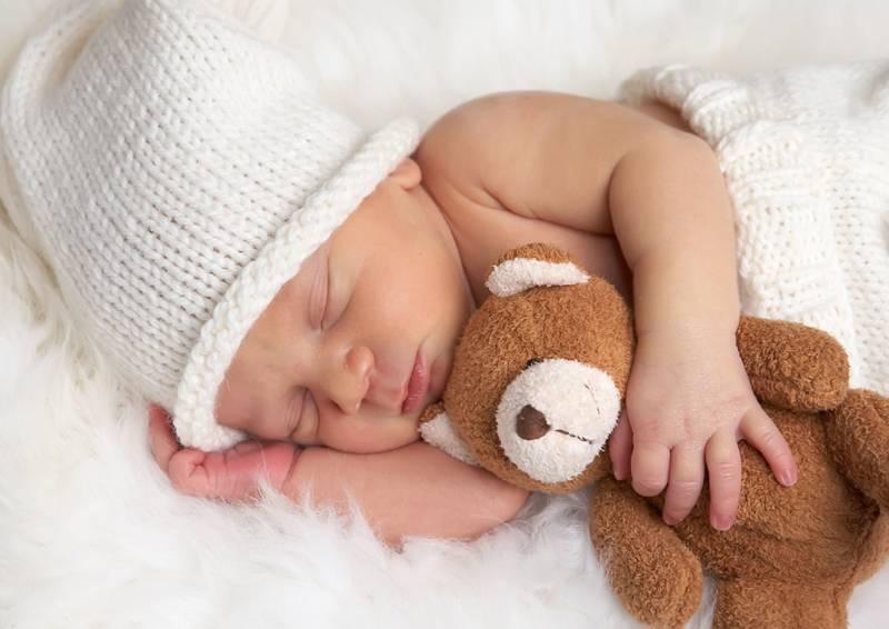 Лаванда поможет быстрее заснуть малышу