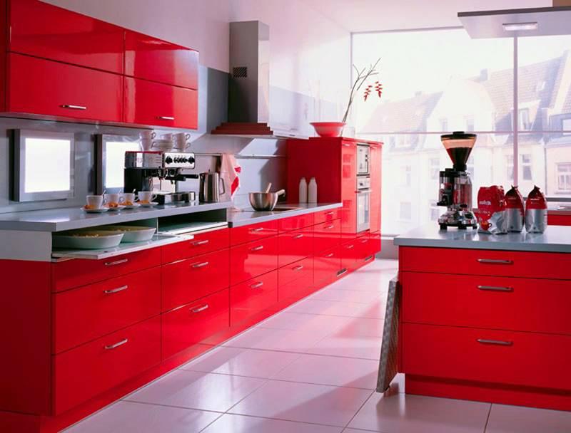 Энергичный красный цвет стимулирует аппетит