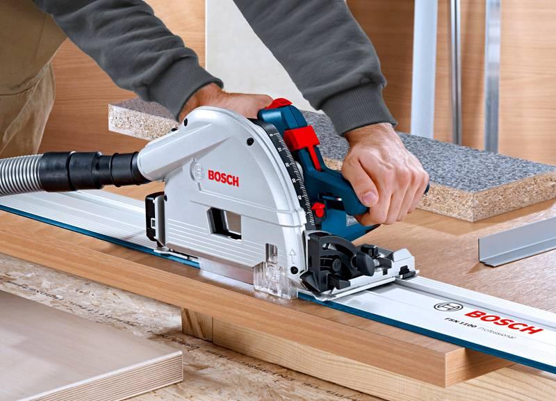 Для производителя удобнее использовать европейский материал, так как можно значительно сэкономить на раскрое мебели, а вот потребителю выгоднее приобретать мебель из отечественного сырья. Она прослужит дольше