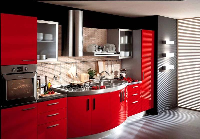 Дизайн и размещение техники для маленькой площади современной кухни создают с повышенным вниманием