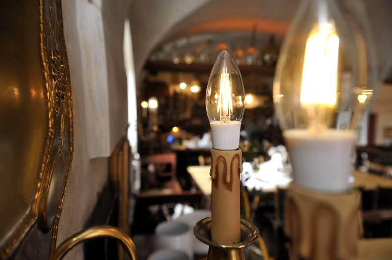 Филаментные лампы в форме свечей