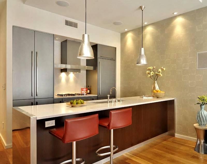 Бумажные обои на стенах кухни впитывают запахи и другие загрязнения