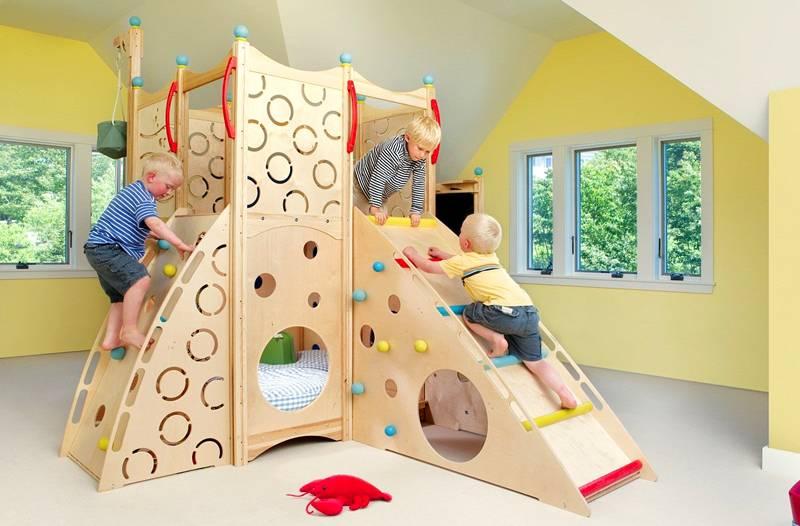 Фанерный детский комплекс доставит детворе массу удовольствия