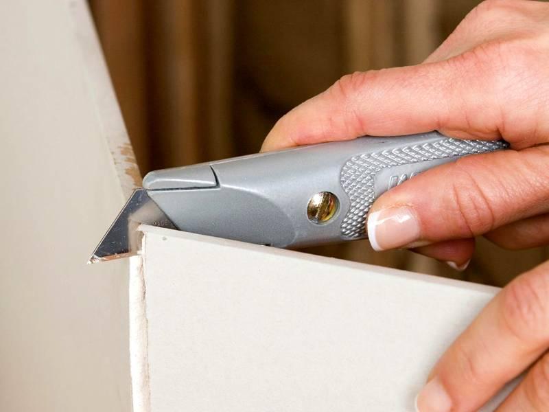 Когда все необходимые детали конструкции вырезаны, можно приступать к монтажу