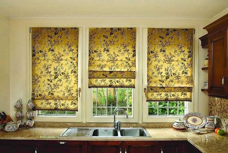 На кухне пригодится устойчивость материи к повышенной влажности и другим внешним воздействиям