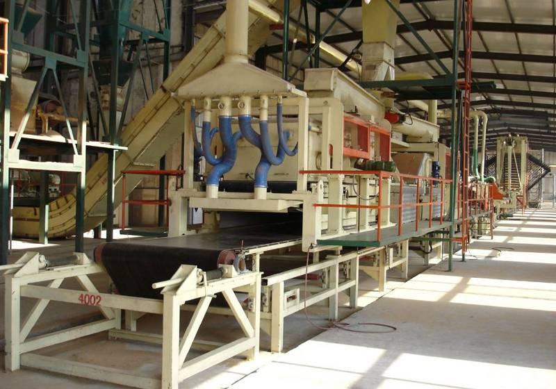 Автоматизированная линия для выпуска плит ДСП, влагостойких шпунтированных