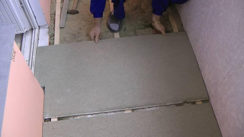 Шпунтированная влагостойкая ДСП плита подходит для установки на лоджиях, в других местах со сложными условиями эксплуатации