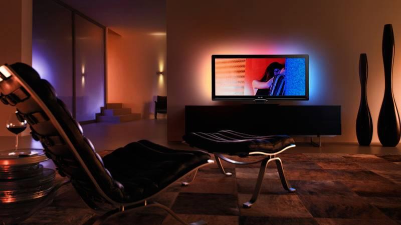 Чтобы не напрягать зрение, надо устранить попадание солнечных лучей на экраны жидкокристаллических, плазменных и других телевизоров, компьютерных мониторов