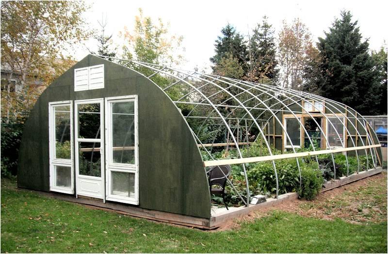 При размерах отдельного сооружения больше 6 на 6 метров применяют литые ростверки, плиты