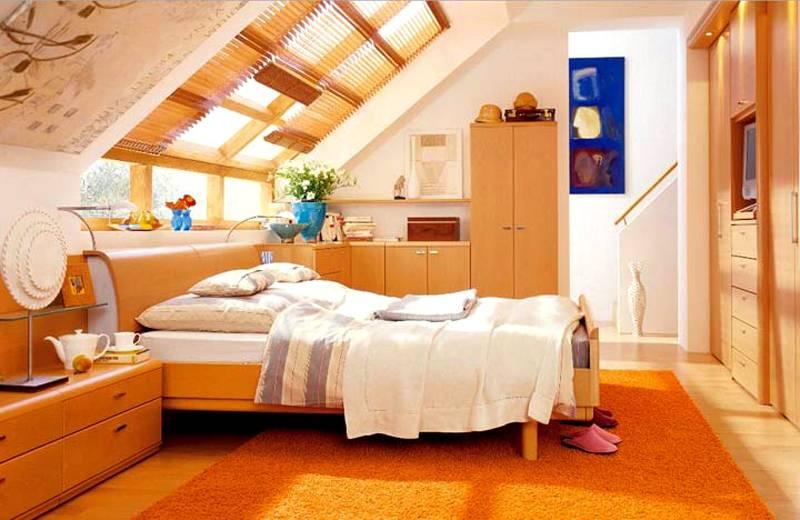 Спальные комнаты в мансарде