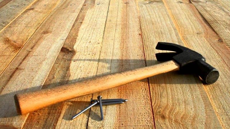 Строим пол из обрезной доски