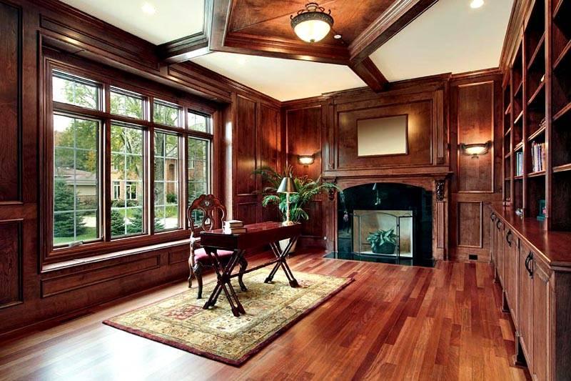 Отделка древесиной подойдет для классических интерьеров