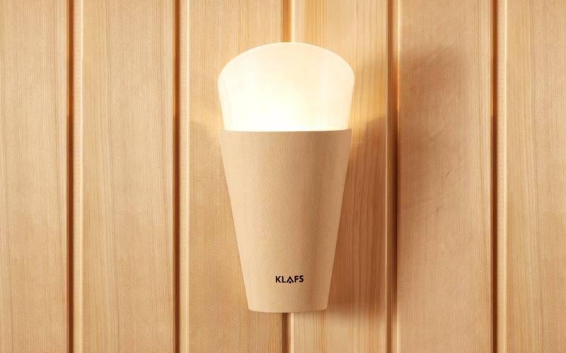 Освещение в бане оборудуется герметичными люстрами