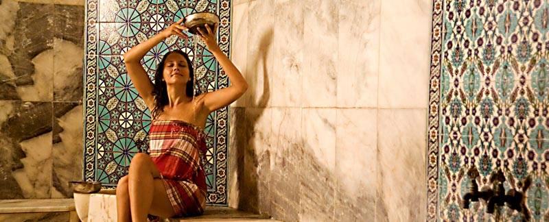 Отдых в турецком варианте бани подразумевает длительное пребывание