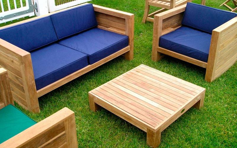 Садовый комплект из деревянных досок – бюджетное и привлекательное решение