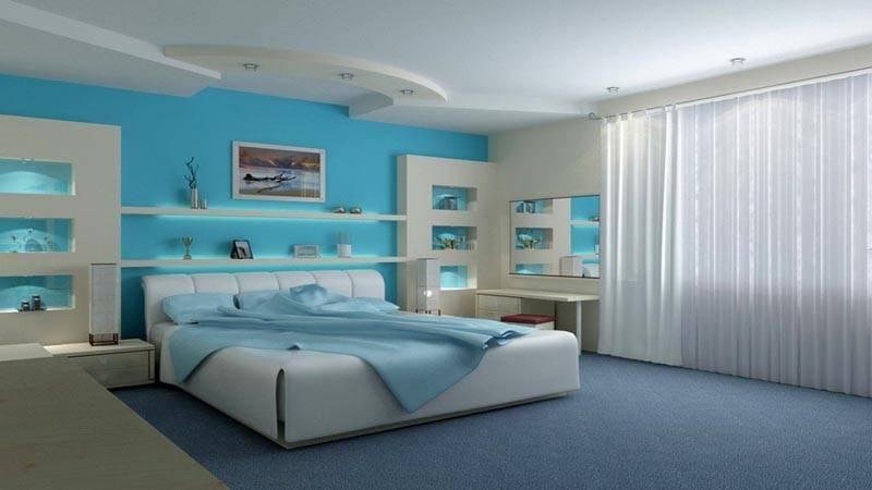 Оформление спальни с применением холодных голубых оттенков