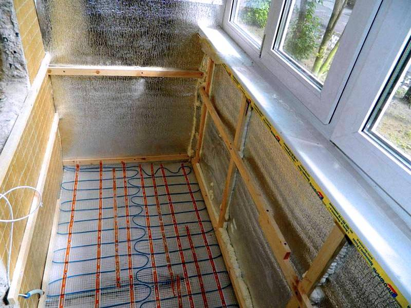 Утепление балкона и укладка термо-матов