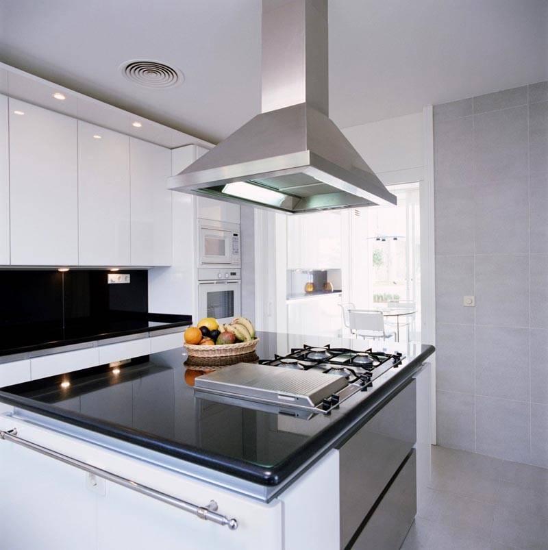 Алюминий применяют на кухне достаточно часто