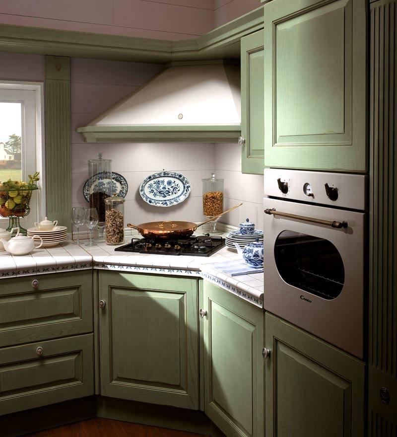 Специальная модификация техники, предназначенная для установки в углу кухни