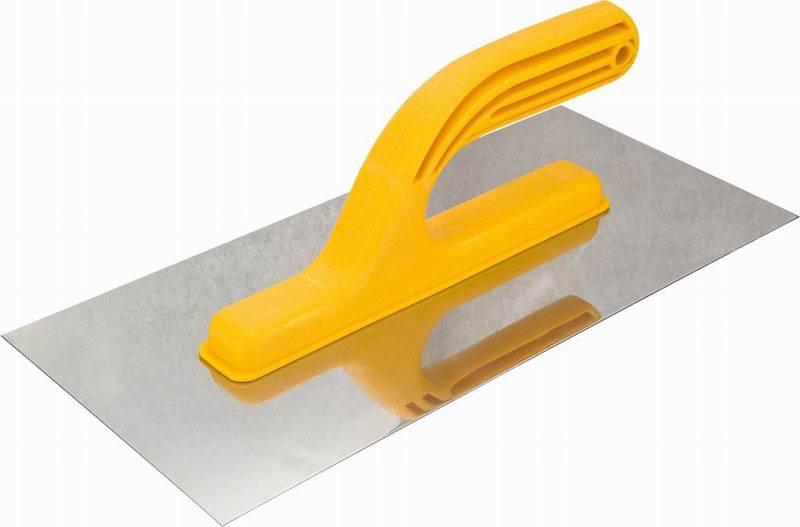 Терка – обязательный инструмент для нанесения штукатурки