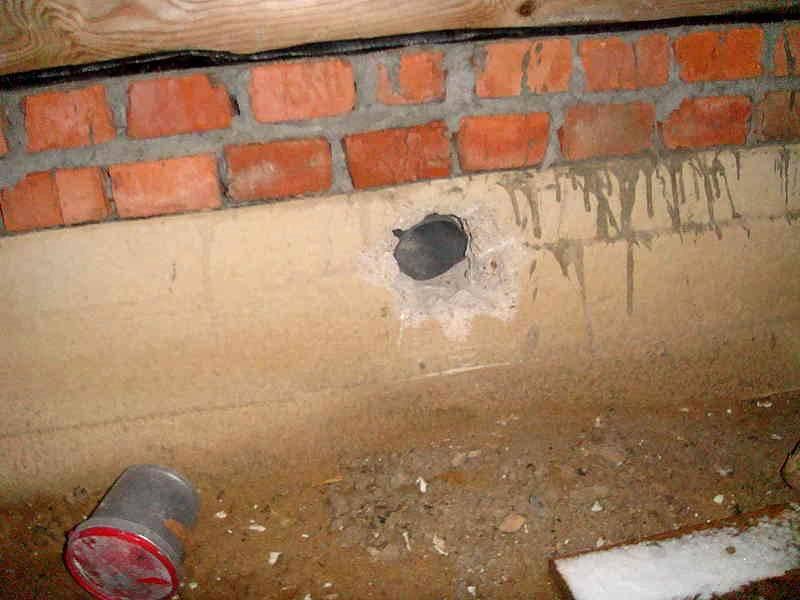 Отдушины для вентиляции фундамента бани