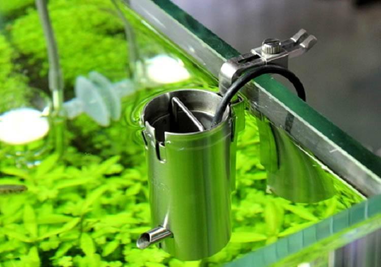 Скиммер легко соберет мусор с поверхности воды