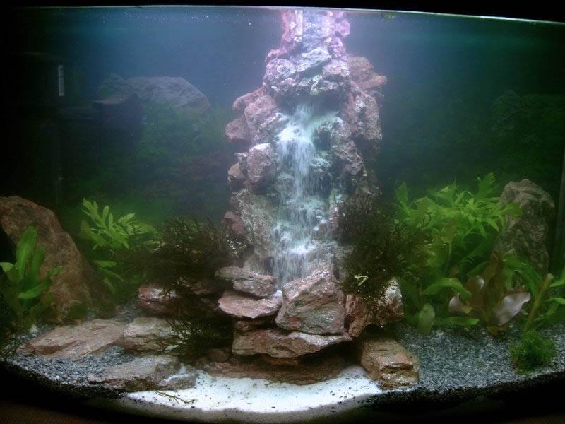 И под водой бывают водопады