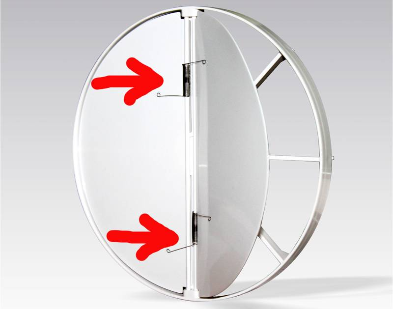 В бытовых целях часто используют конструкции с пружинами. Если обратный клапан встроен в вытяжное устройство с вентилятором, после выключения вентилятора пружины возвращают крышку клапана в исходное положение