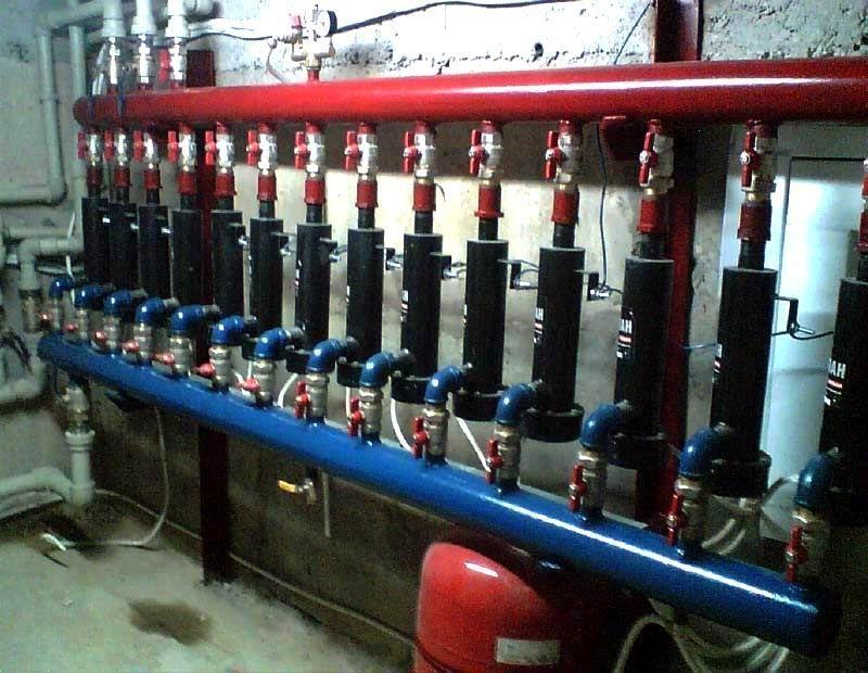 Мощная система отопления с электродными котлами для помещений большой площади